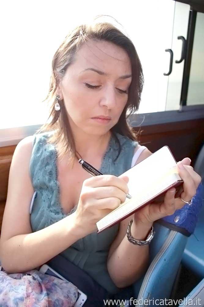 la sposa oculata wedding blogger