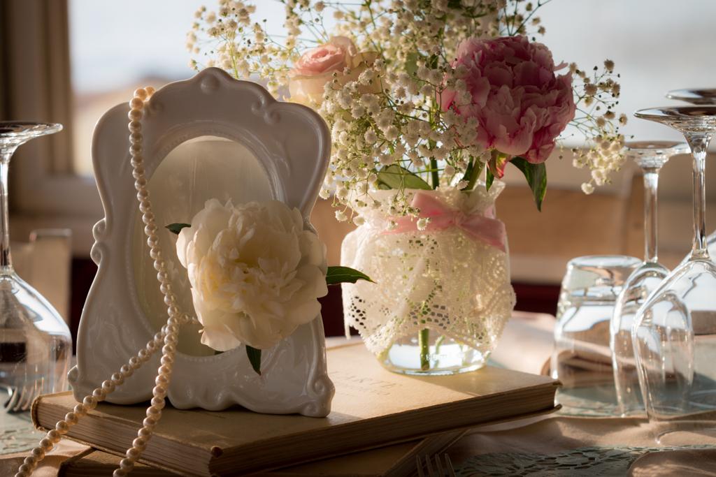 abbastanza Fiori e allestimenti matrimonio vintage sul mare | SR blog KU28